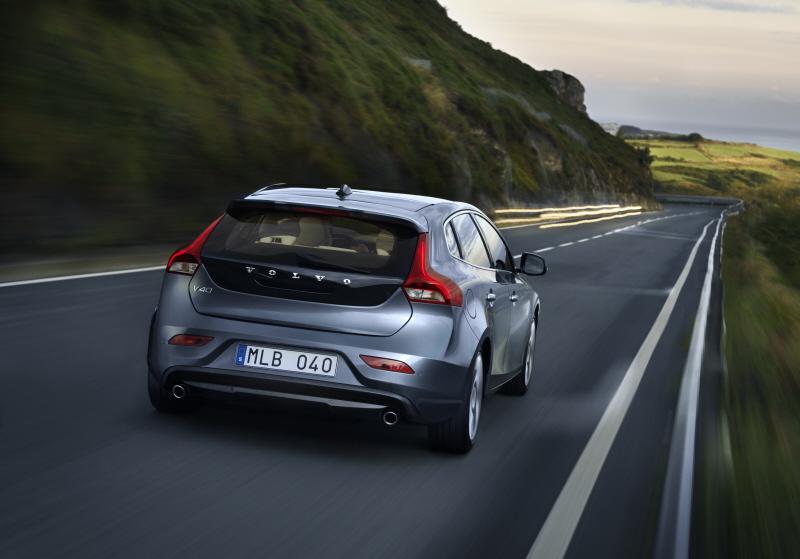 Volvo V40 Ou Comment Redorer Son Blason Automobile Blog
