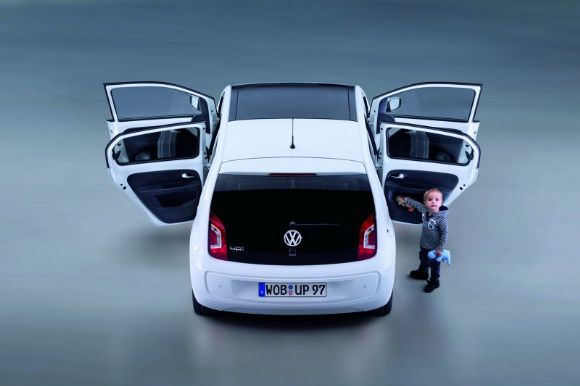 volkswagen sort une version 5 portes de la up blog. Black Bedroom Furniture Sets. Home Design Ideas