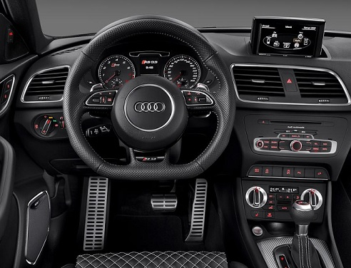 l audi q3 disponible en version sport rs blog. Black Bedroom Furniture Sets. Home Design Ideas