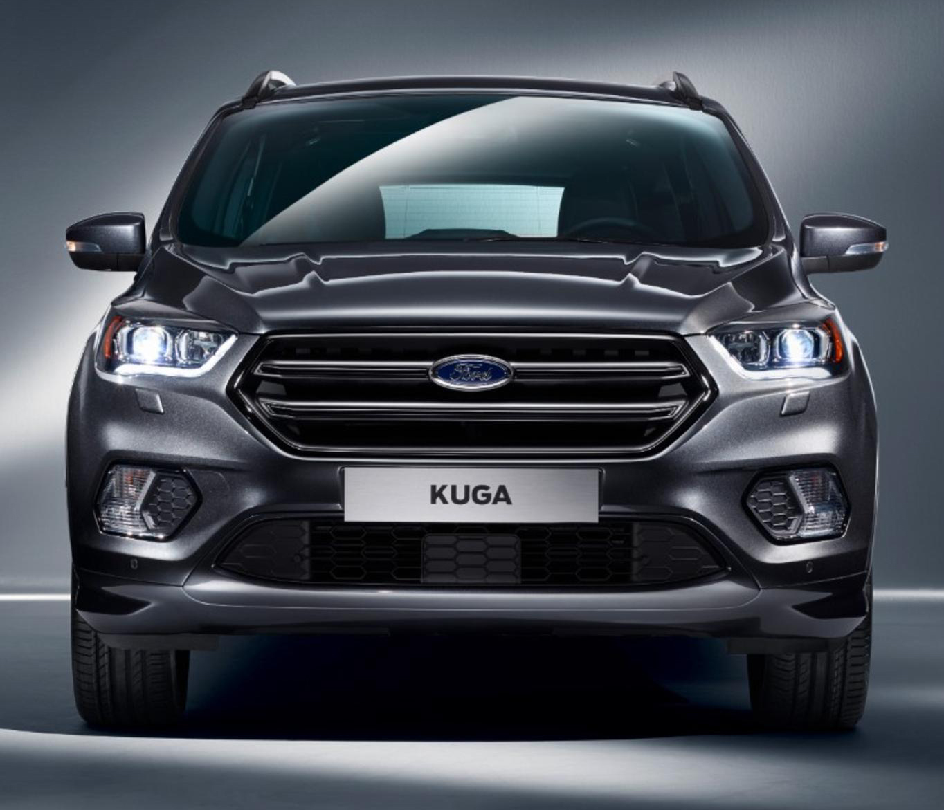 zoom sur le ford kuga restyl blog. Black Bedroom Furniture Sets. Home Design Ideas