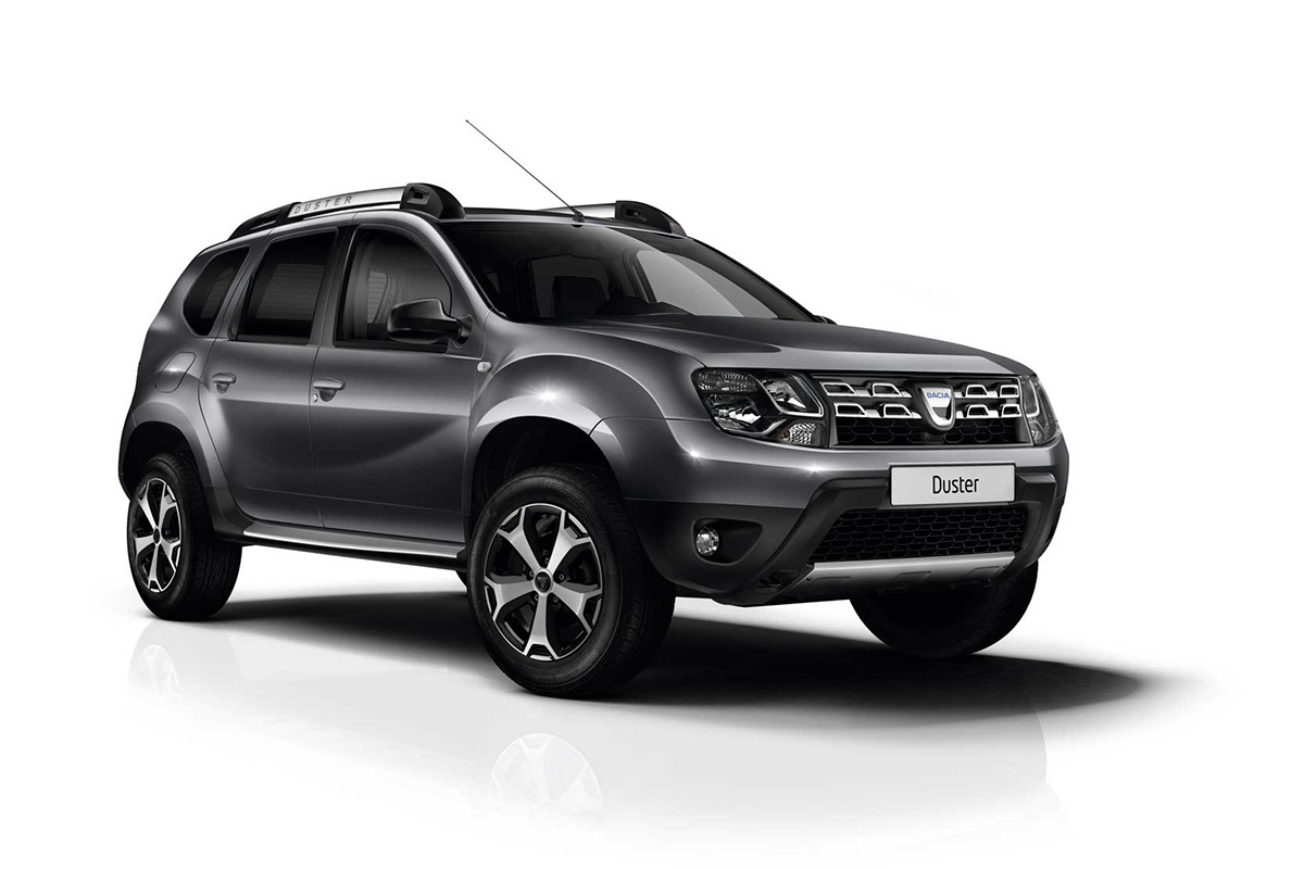 zoom sur les dacia sandero et duster explorer blog. Black Bedroom Furniture Sets. Home Design Ideas