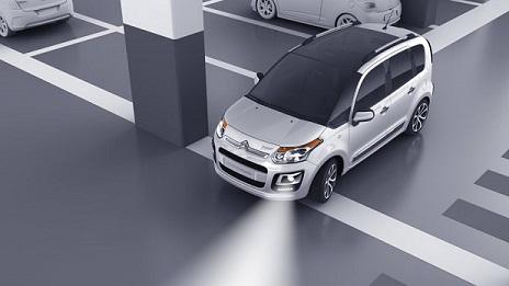eclairage de voiture ampoules led pour clairage int rieur de voiture eclairage tuning voiture. Black Bedroom Furniture Sets. Home Design Ideas